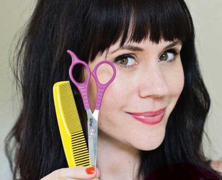 چتری موها را خودتان به این روش ساده و بدون دردسر کوتاه کنید