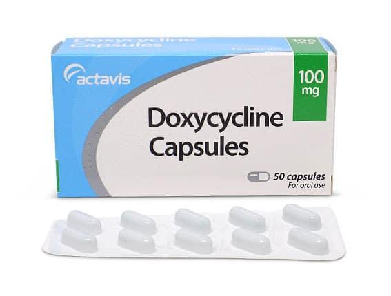 داروی داکسی سایکلین (doxycycline)، یک داروی آنتیبیوتیک از نوع تتراسایکلین است