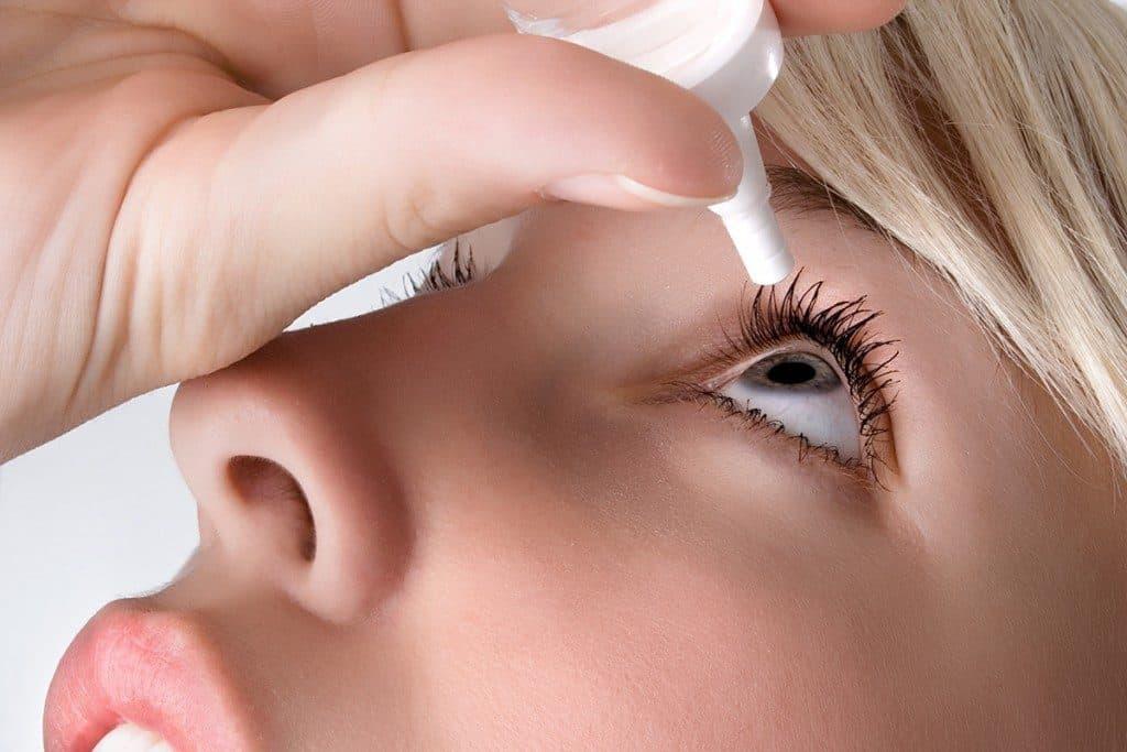 درمان مورد استفاده در خشکی چشم