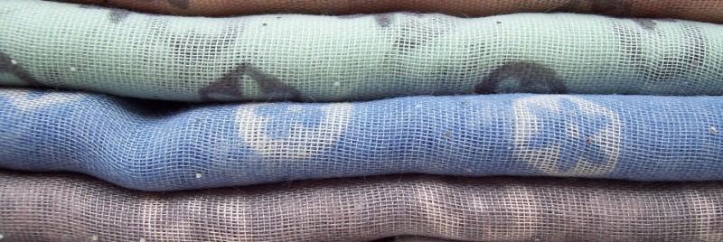 روش شستشو و لکه بری کامل لباسهای الیاف مصنوعی و پلاستیکی