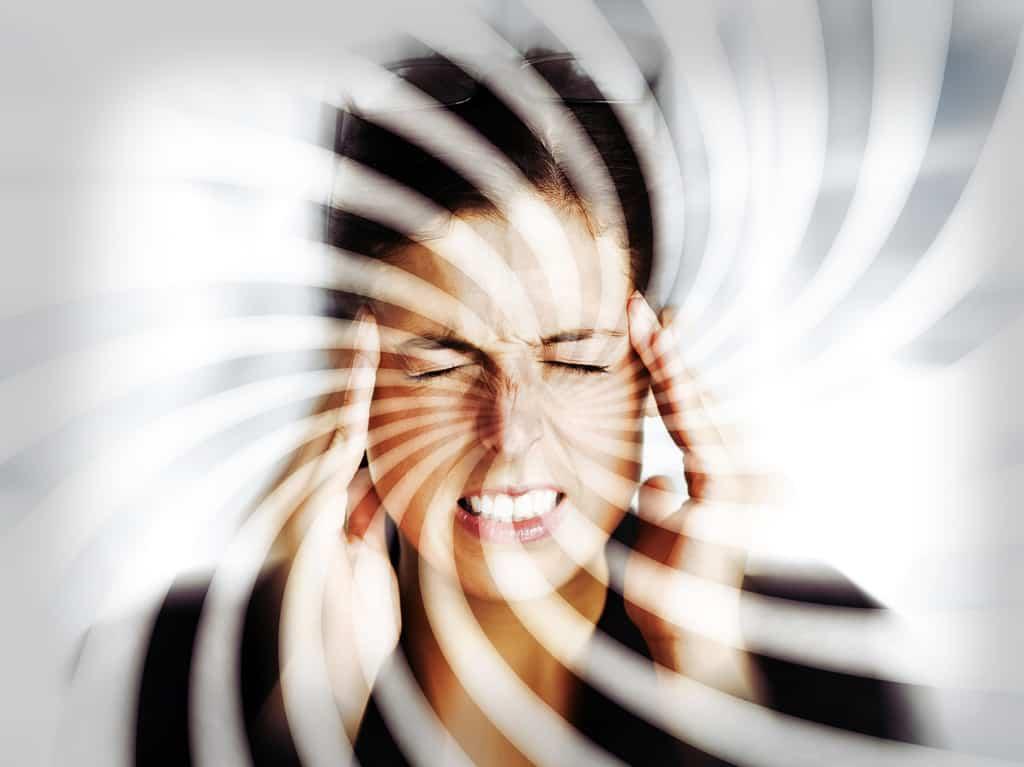 سرگیجه از جمله نشانههای کمخونی