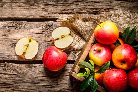 با این ۱۰ غذای ضد سرطان به جنگ سرطان سینه بروید