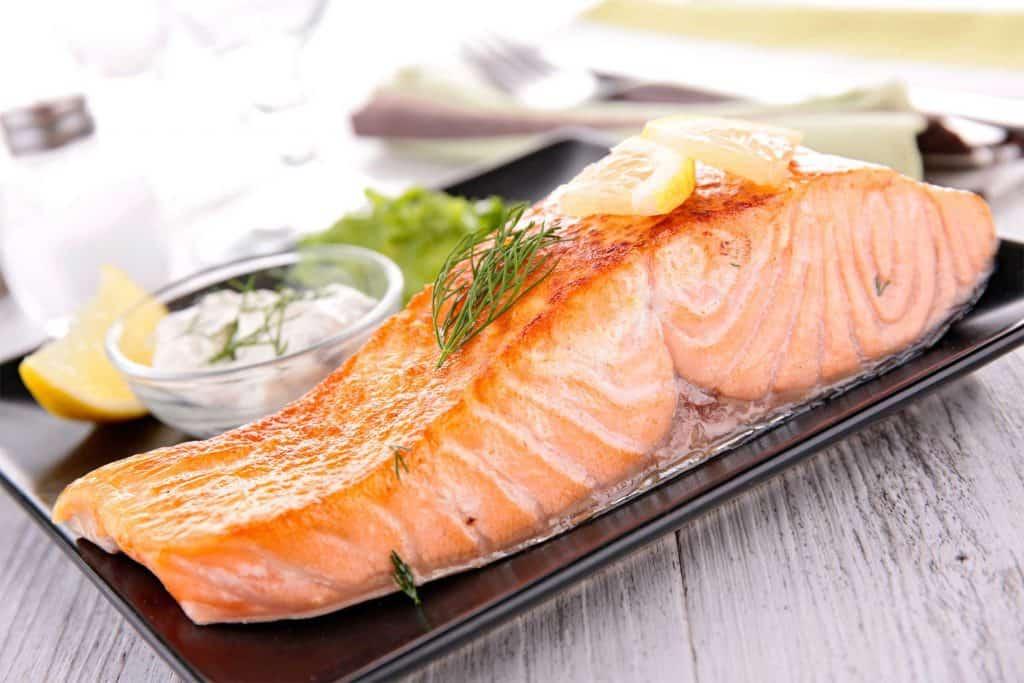 ماهی سالمون سالمترین مواد غذایی