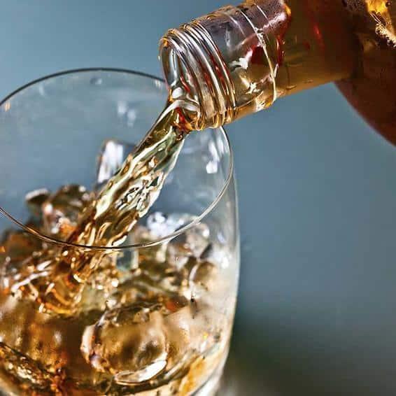 اثرات کاهش مصرف نوشیدنیهای رژیمی