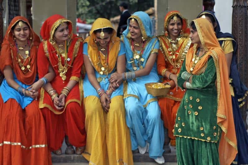 22 زبان مختلف در سراسر کشور هند صحبت میشود