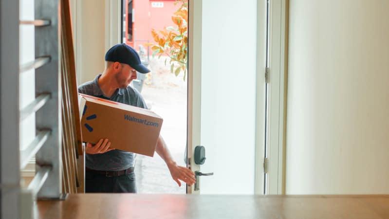 تحویل سفارش های اینترنتی به مشتریان، حتی زمانی که در منزل نیستند!