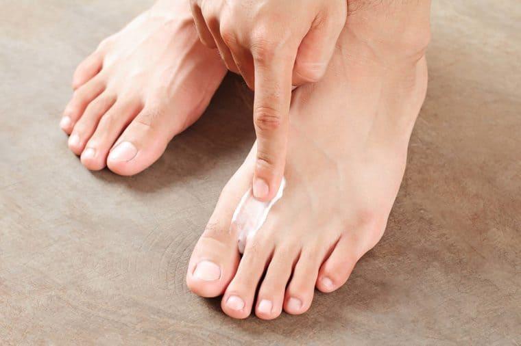 پماد ضد باکتری برای بوی پا