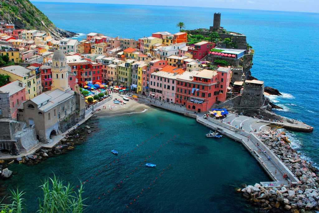 سینک تره یا چینک تره (Cinque Terre)
