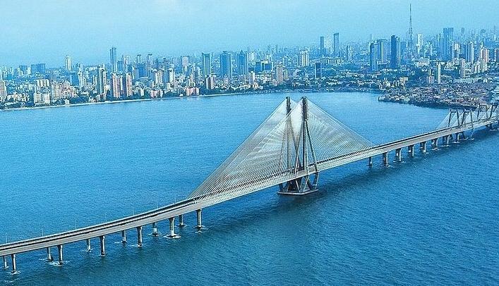 بمبئی یکی از زیباترین شهرهای هند است