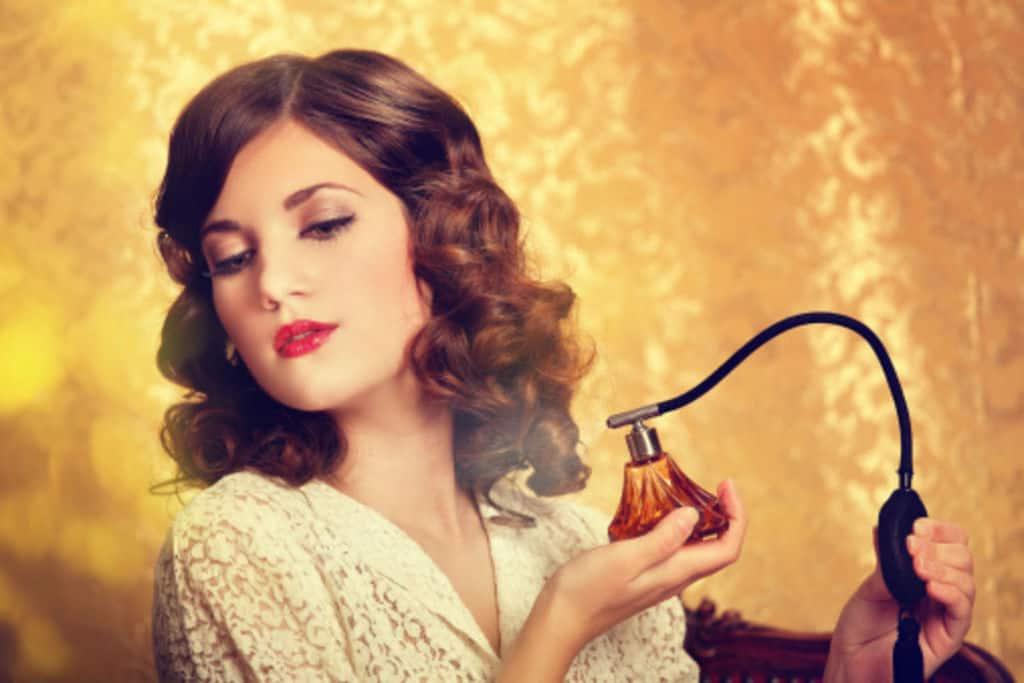 راه انتخاب بهترین عطر و روش صحیح استفاده از آن چیست؟