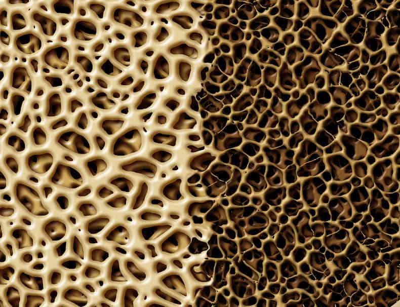 تاثیر آب انار در سلامت استخوان