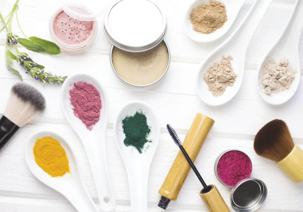 محصولات آرایشی خانگی