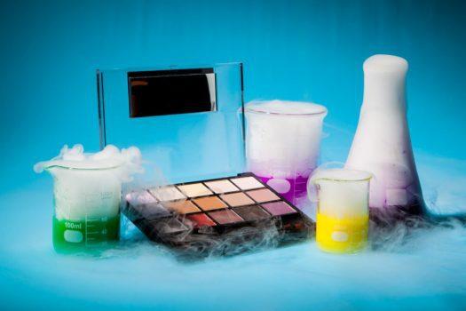 مواد سمی موجود در محصولات زیبایی و آرایشی چه هستند؟