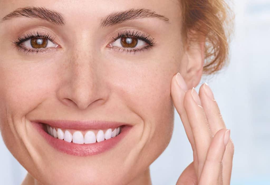 این چند عادت بد را ترک کنید تا پوستی سالم و شاداب داشته باشید