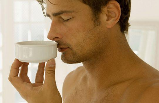 غذاهای بدبو کننده بدن با ۸ نوع مختلف که باعث ایجاد بوی بد در بدن شما میشوند