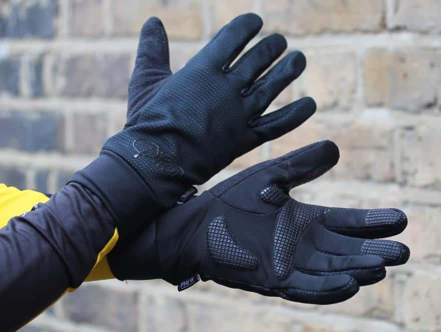 همه چیزهایی که برای خرید موفق یک دستکش زمستانی باید بدانید