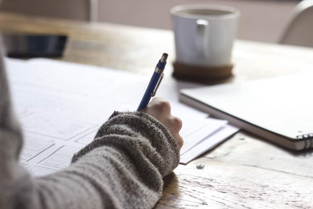 ۱۰  تغییر جدید که باید در ذات شما ایجاد شود تا بتوانید کتاب خود را بنویسید
