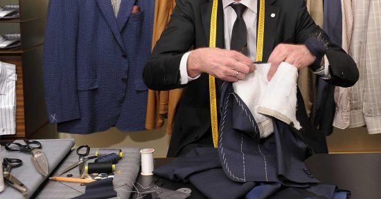 راهنمای کامل تغییر دادن مدل، تعمیر و اندازه کردن لباس مردانه