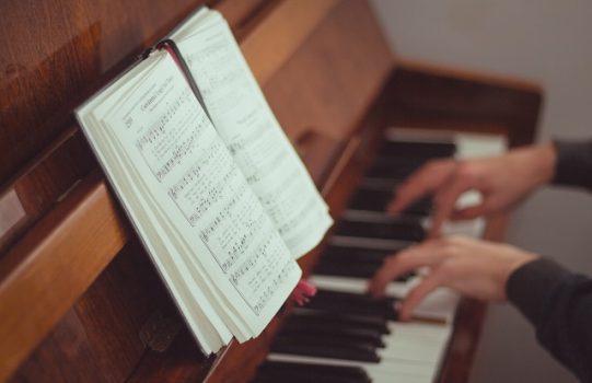 انتخاب درست ساز موسیقی ؛ چه طور یک ساز موسیقی انتخاب کنیم؟