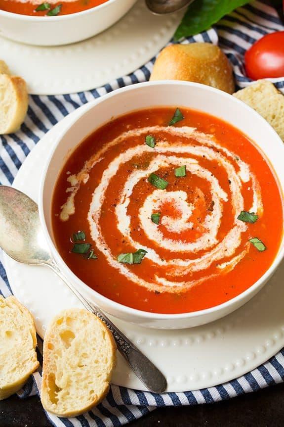 سوپ گوجه خامه ای