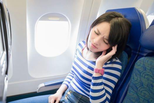 اثرات مسافرت هوایی بر روی بدن با ۱۱ تغییری که در بدن ایجاد میشود