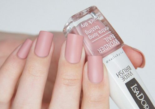 چند مدل زیبای آرایش ناخن با لاک مات که تکراری و خسته کننده نیستند