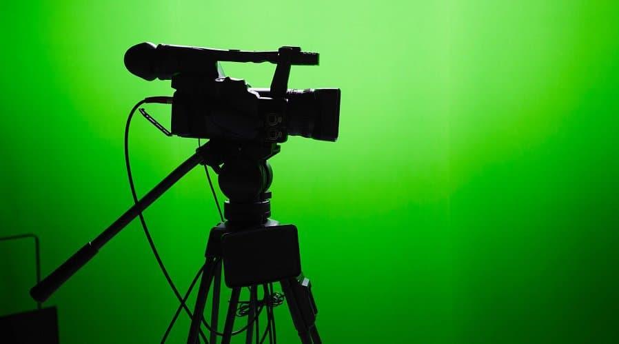 تکنولوژی صفحه سبز در ویدئوهای یوتیوب