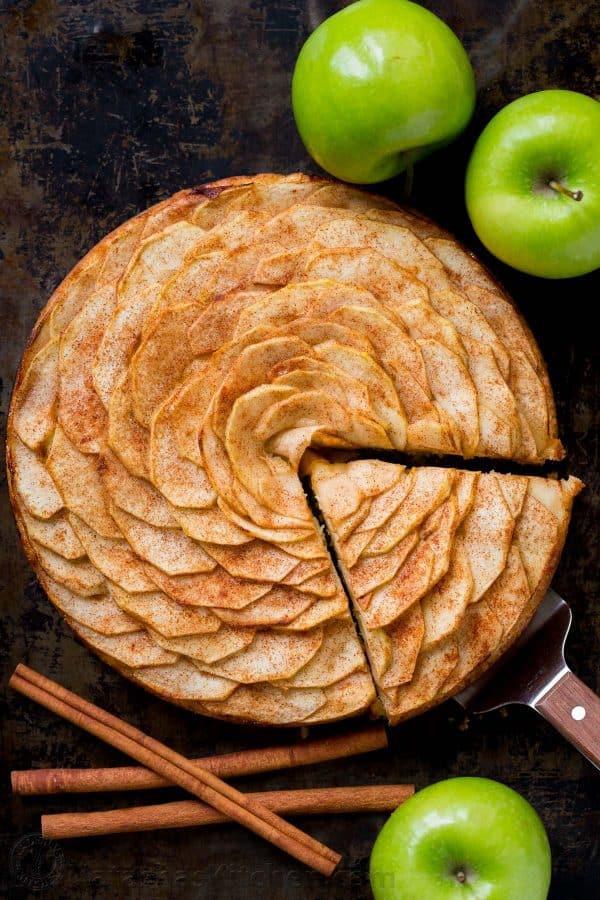 تارت سیب به شکل گل رز