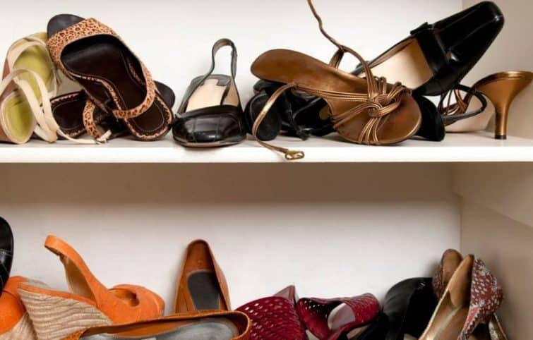 رفع بوی بد کفش با چند ترفند خانگی که واقعا موثر هستند