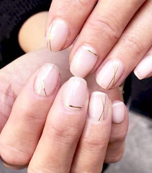 زیباترین مدلهای آرایش ناخن مینیمال