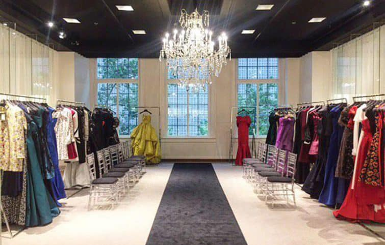 چند ایده لباس مجلسی که در عروسیهای تابستانی میتوانید بپوشید
