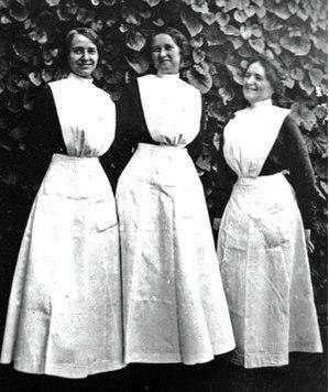 لباس کار زنانه