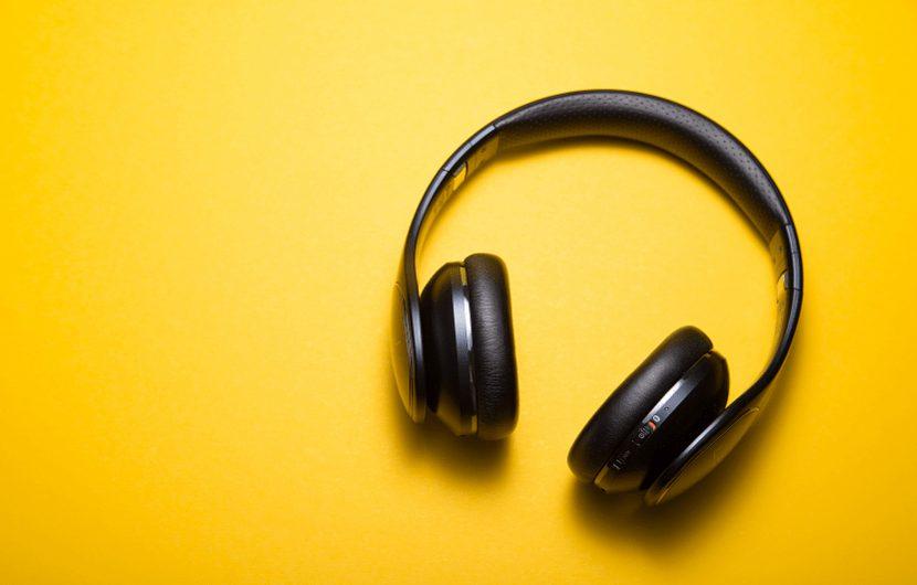 هنر گوش دادن عمیق در یک گفتگو را دست کم نگیرید