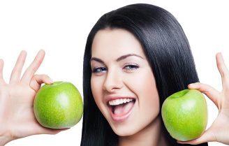 خوردن این هشت غذا به تقویت مو و زیبایی و شادابی آنها کمک میکند