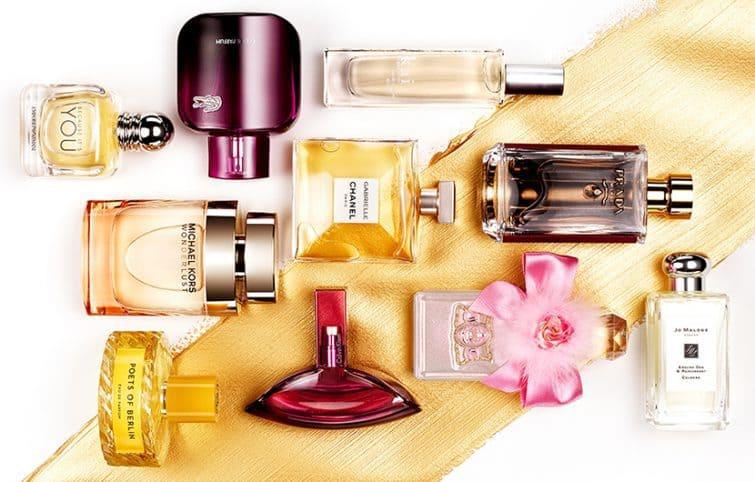 عطر بهترین هدیه برای کسانی که دوستشان دارید و میخواهید خوشحالشان کنید