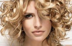 جدیدترین و زیباترین مدلهای مو برای آرایش موهای فر و حالت دار طبیعی