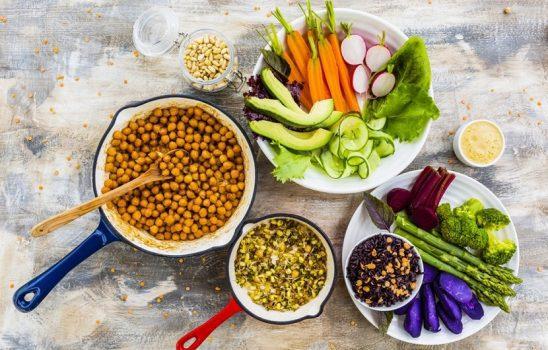 درشت مغذی ها چگونه موادی هستند و نقش آنها در بدن چیست؟