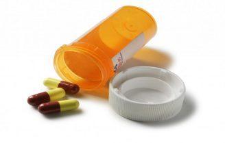 عوارض جانبی آنتی بیوتیکها