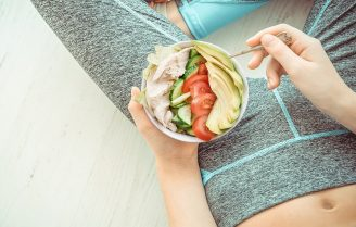 غذاهای صاف کننده شکم با انواع متنوع که در کوچک کردن شکم به شما کمک میکنند