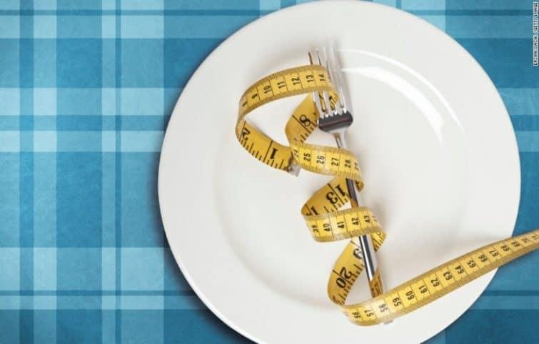کاهش وزن بدون رژیم غذایی و ورزش با ۱۴ ترفند جالب