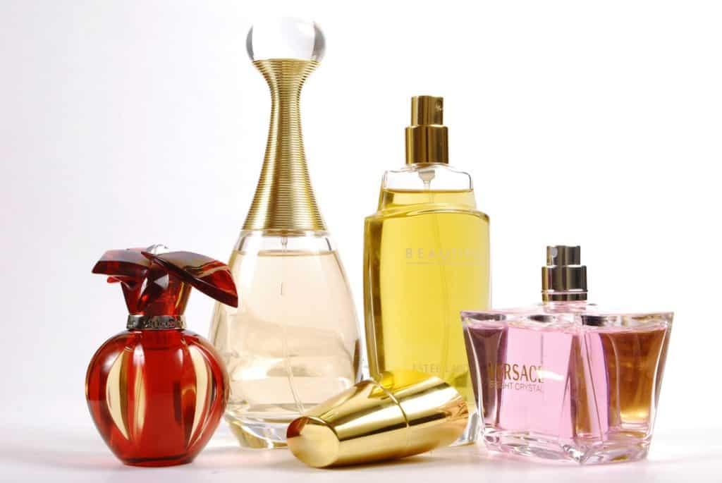ده فایده استفاده از عطر