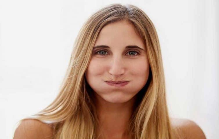 روغن کشی دندان یا روغن گردانی دهان با ۶ فایده و مزایای استفاده از روغن نارگیل