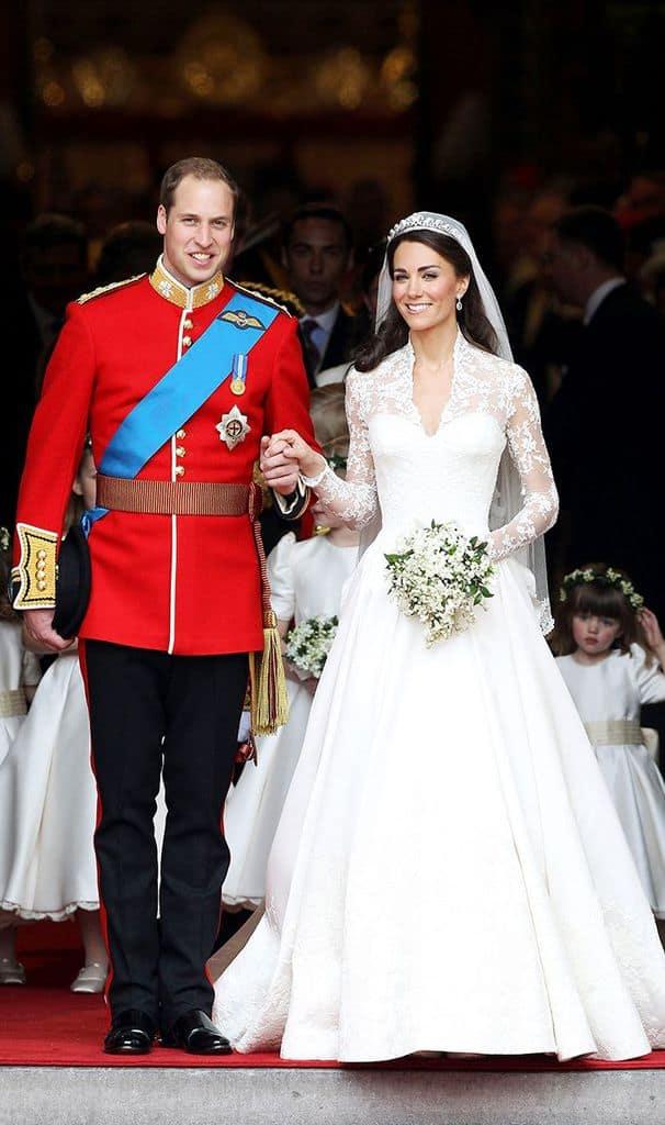 لباس عروسی سلطنتی
