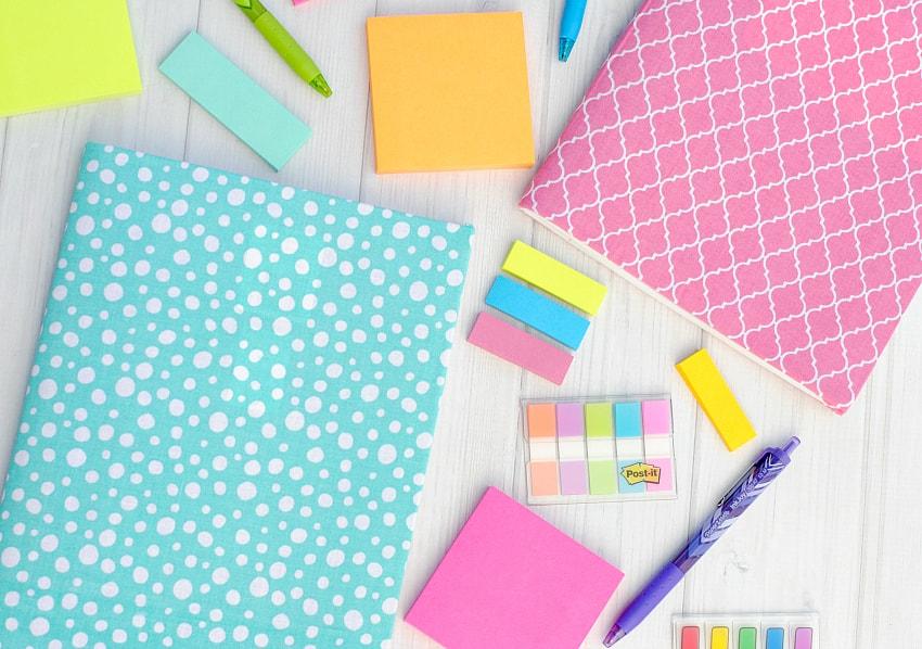 جلد کردن دفتر با استفاده از پارچههای اضافی