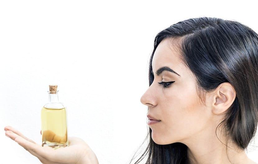 زیبایی موها با روغنهای طبیعی، بهترین روغن برای هر جنس مو چیست؟