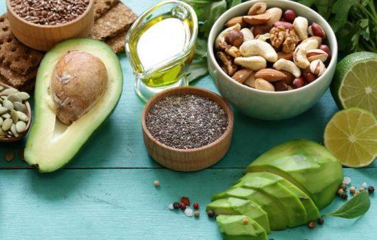 غذاهای مناسب پوست و مواد مضری که باید اجتناب کرد