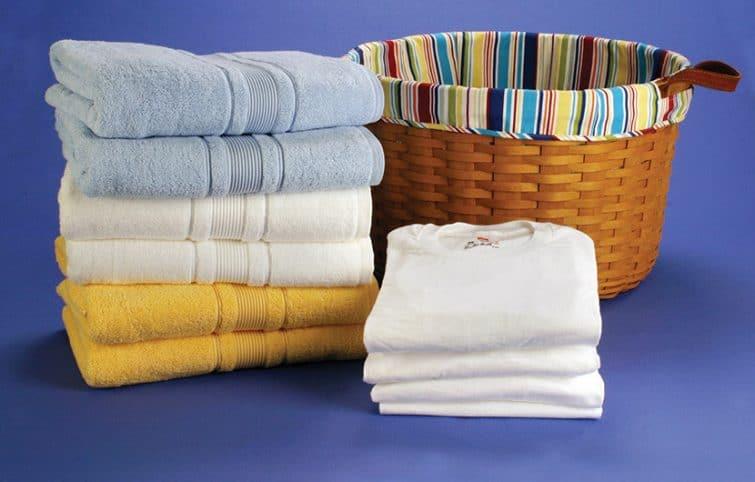 لباسهای ضدآب را چطور بشوییم؟ چند ترفند برای دسته بندی کردن لباسها