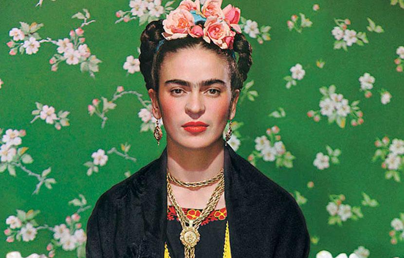 آشنایی با استایل فریدا کالو هنرمند مکزیکی که به یک آیکن ماندگار مد تبدیل شد