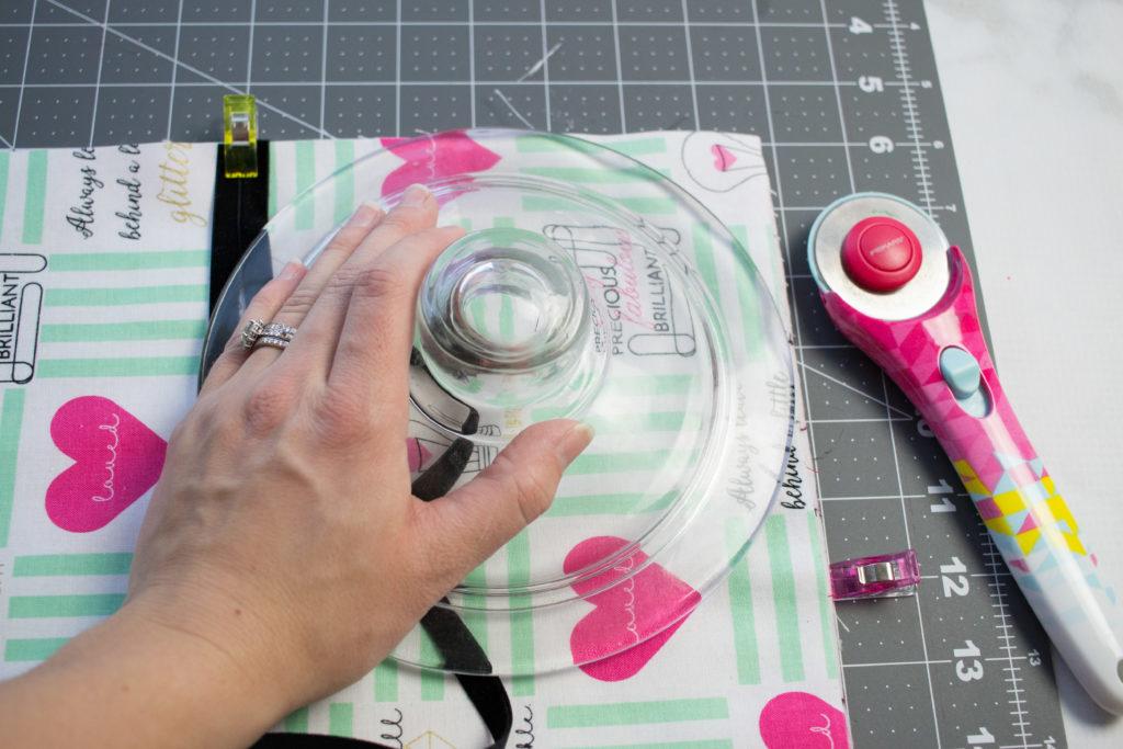 کیف رولی لوازم آرایش بسازید