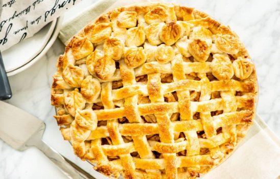 طرز تهیه پای سیب کلاسیک بصورت تصویری و انواع روشهای نگهداری و تزئین